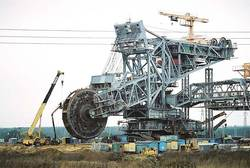 Giant coal scouring machine